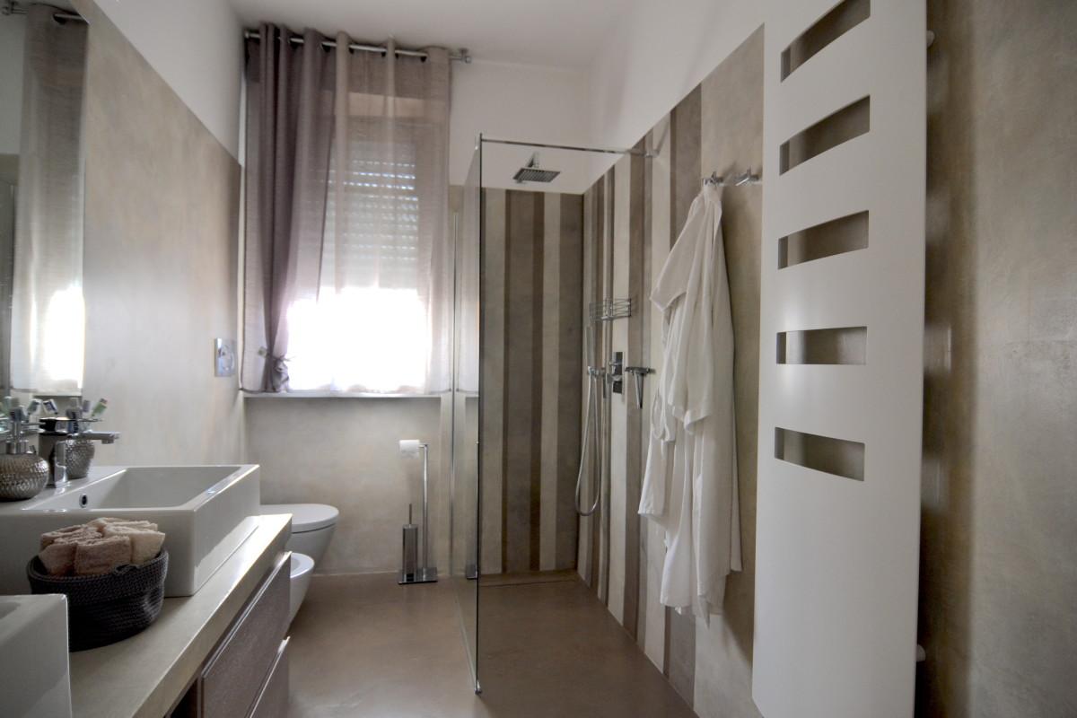 Resina bagno su piastrelle miko design - Piastrelle bagno decorate ...